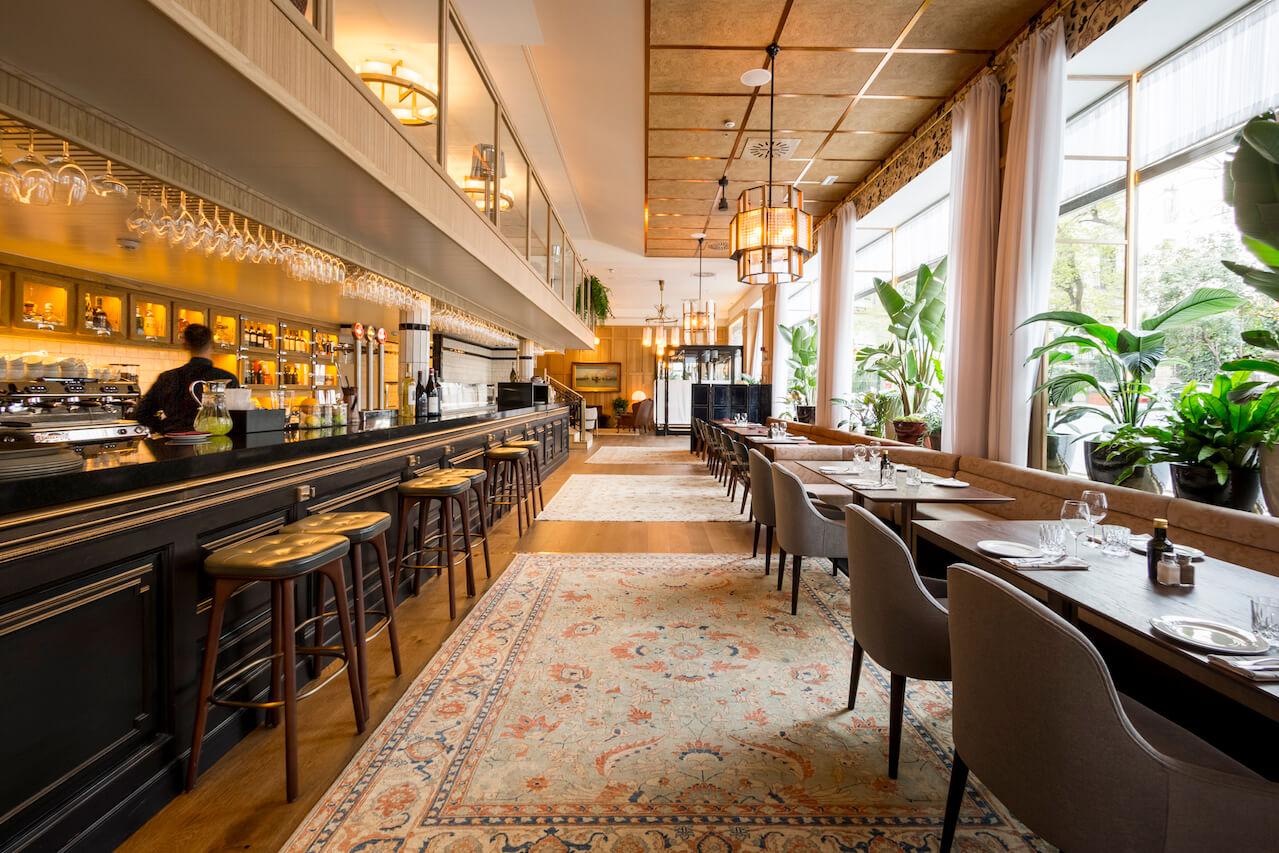 Casa Suecia Restaurante Y Coctelería Del Hotel Nh