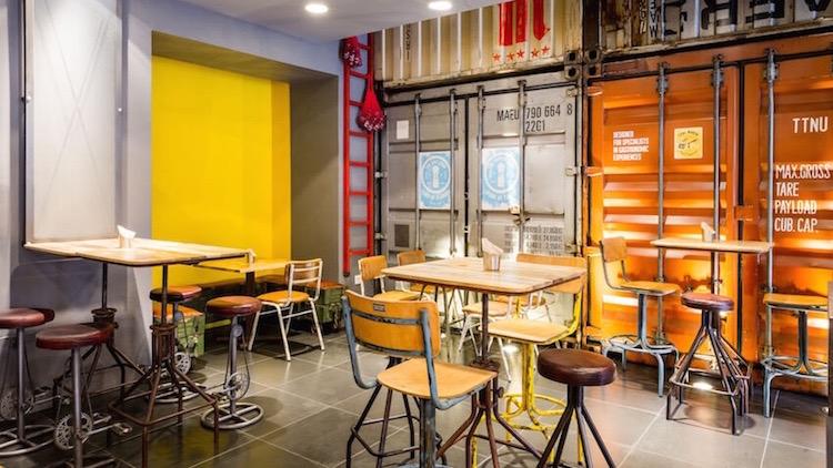SKULL STREET FOOD Bar de cocina atrevida B