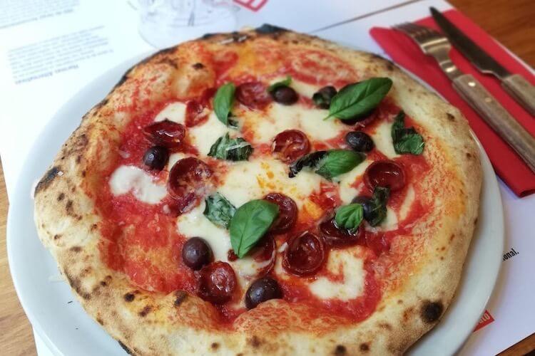 Pizza Diavola de León del restaurante Fratelli Figurato en Chamberí