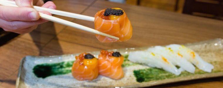 IKIGAI sushi y palillos