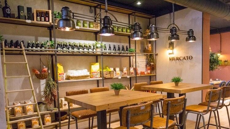 ARALDO arte del gusto Pizzeria y tienda con productos típicos de Verona