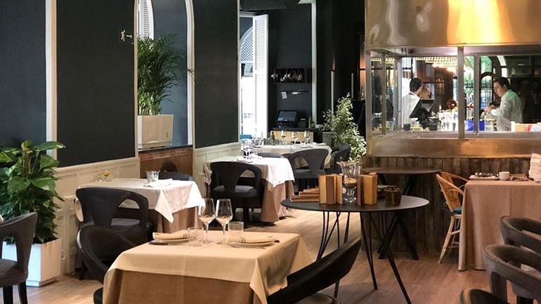 Floren Domezain Abascal Salón