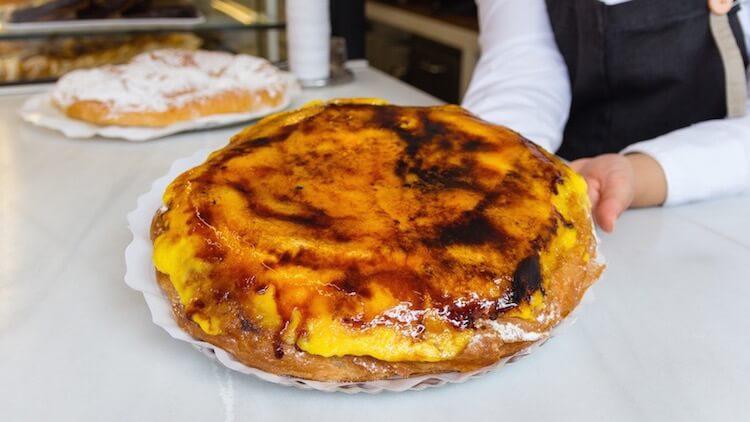 FORMENTOR Santa Engracia Ensaimada con crema tostada