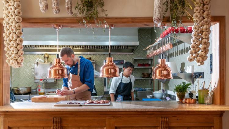 Restaurante Bistroman panorámica cocina